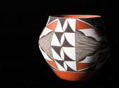 Native American Pueblo Pottery. — Photo