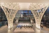 Path train entrance and Lobby of the World Financial Center. — Stock Photo