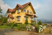 Mountain house on hill in Thailand — Stock Photo
