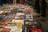 Socialistic books on the market in Kathmandu — Stock Photo