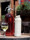 Stará láhev vína — Stock fotografie