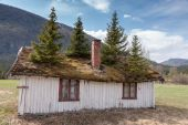 Small building in Norway mountain. — Stock Photo