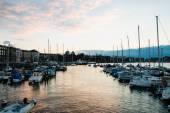 Golden Hour at Quai Gustave Ador, Geneva, Switzerland — Stock Photo