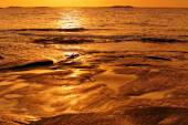 Sunrise on sea shores — Stock Photo