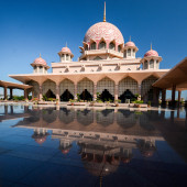 Putra Mosque, Putrajaya, Malaysia — Stock Photo