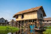 Floating houses in a village of Inle lake — Stock Photo