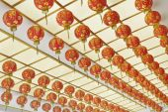 Red Lantern hang on ceiling — Stockfoto