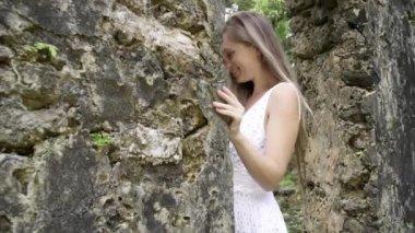 Model near Ruins — Stock Video