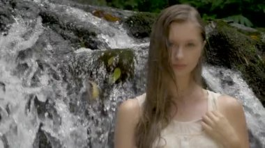 Model In Hawaii Near Waterfall — Stock Video