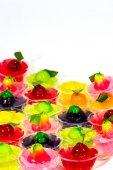 Deletable имитация фрукты в желе, тайский десерт на белом backg — Стоковое фото