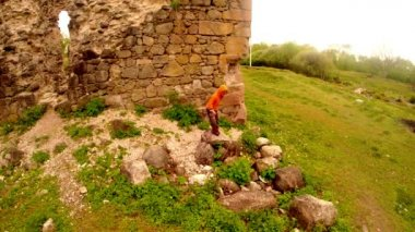 Castle of the knights of Templar the oldest in Transcarpathia castle ruins — Stock Video