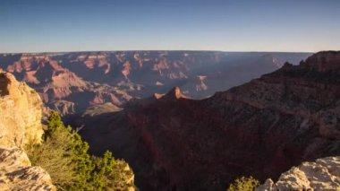 Transportwagen-Schuss Grand Canyon mit Morgen-leuchten — Stockvideo