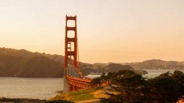 Time Lapse Traffic on Golden Gate Bridge — Stock Video