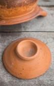 Cover clay pot — Stock Photo