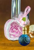 Blå parfym — Stockfoto