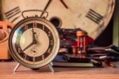 Clock on the desk — Stock Photo
