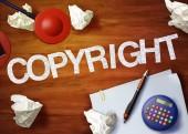 Copyright desktop memo calculator office think organize — Stockfoto