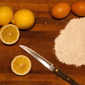 Lemons, flour and eggs — Photo