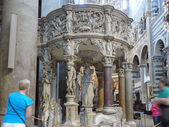 Pulpit inside the Cathedral of Pisa — Стоковое фото