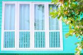 деревянные окна — Стоковое фото
