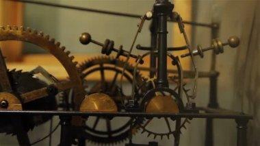 Hall town clock mechanism — Stock Video