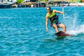 Enjoying kiting in the sea — Stock Photo