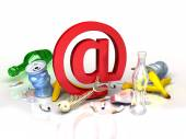 E-mail symbol in garbadge of spam. conceptual Internet illustration — Stock Photo