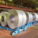 rolos de chapa de aço — Fotografia Stock  #56084627