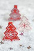 Red christmas tree — Stock Photo