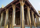 Columna bajo el techo — Foto de Stock