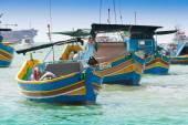 Traditional fishing boat (luzzu) in Marsaxlokk, a fishing village in Malta — Stock Photo