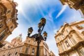 Quattro Canti Vigliena Platz in Palermo, Sizilien — Stockfoto