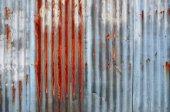 Rezavý vlnité kovové stěny — Stock fotografie
