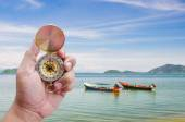 Long tail boat on tropical beach — Stock Photo