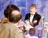 Business meeting. at the head table young businessman — Stock Photo