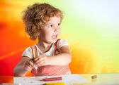 Girl drawing with colored inks — Stock Photo