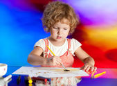 Girl drawing with colored inks — Fotografia Stock