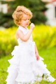 Little girl in wedding dress — Stock Photo