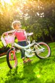 Young girl enjoying her bike. — Stock Photo