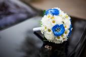 Wedding bouquet with eustomas — Stock Photo