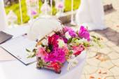 Decorations of wedding table, stylish marriage ceremony, bridal day decorations, luxury, soft focus selective — Stock Photo