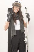 девушка с лыж — Стоковое фото