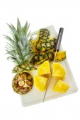 Preparing pineapple — Stock Photo