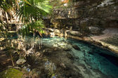X-Batun Cenote - natural lagoone with transparent turquoise wate — Stock Photo