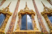 Windows of church in temple, Thailand — Стоковое фото