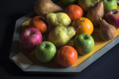 Fruit on the tray — Stock Photo