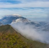 Sunrise over the clouds, mount Cucco, Umbria, Apennines, Italy — Stok fotoğraf