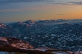 Sunset on Apennines from mount Nerone in Winter, Apennines, Marc — Stock Photo