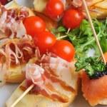 aperitivos ou canapés — Foto Stock #57239265