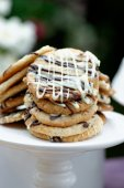 Stacked chocolate chip cookies — Stock Photo
